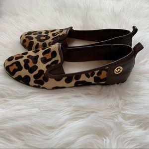 Michael Kors loafer in leopard size 6